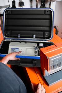ecom-EN3-F - Abgasanalysegerät Anwendung auf Kessel